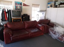 Oversized Burgundy Leather sofa and chair - Excellent condition ! Looks better than Picture Port... in Little Rock, Arkansas