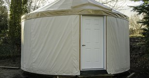Used Yurt In great Condition in Los Angeles, California