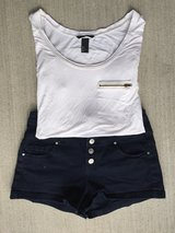 Shorts/Shirt Outfit (Juniors) in New Lenox, Illinois