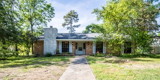 Beautiful 3 bedroom brick home for Lease in a quiet Neighborhood. Available May 1st in Conroe, Texas