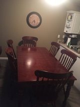 Dinning Room Table in Birmingham, Alabama