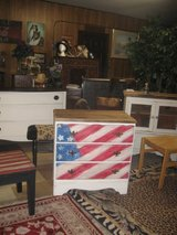 handpainted flag dresser in Morris, Illinois