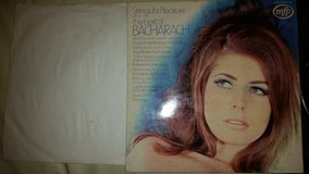 STRINGS FOR PLEASURE PLAY THE BEST OF BACHARACH - LP / RECORD in Lakenheath, UK