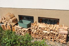Apple, and Cherry Wood for BBQ. in Stuttgart, GE