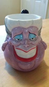 Collectible cups in Naperville, Illinois