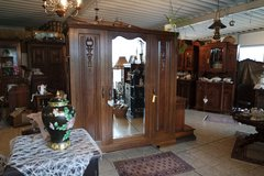 beautiful armoire offering lots of room in Ramstein, Germany