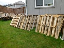 Free Pallets in Fort Lewis, Washington