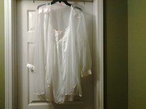 Inhibitions Nightgown & Robe in Eglin AFB, Florida