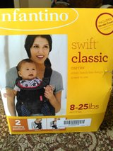 Infantino Swift classic carrier 8-25 lbs in Columbus, Ohio