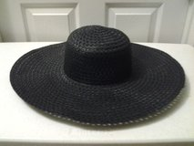 Black Straw Hat in Eglin AFB, Florida