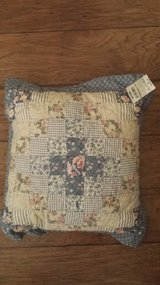 "Country Pillow, 16"" x 16"" x 2"", New with Price Tag Still (Original Price $30) in Kingwood, Texas"