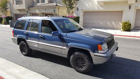 Immaculate 93 Jeep Grand Cherokee 4.0 4x4 in Camp Pendleton, California