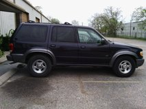 2000 FORD Explorer XLT 4WD in Kingwood, Texas