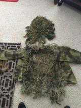 Ghillie Suit top and hat in Watertown, New York