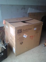 *****FREE HUGE BOX- opening on top is 3ft by 2 1/2ft***** in Fort Belvoir, Virginia