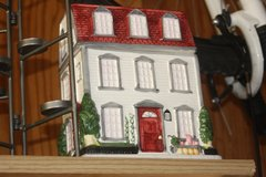 House cookie jar, tea set in Springfield, Missouri