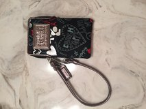 Coach wristlet that iPhone4 or 5 can fit in in Clarksville, Tennessee