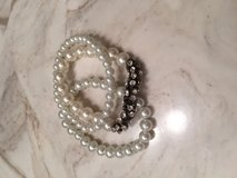 Pearl bracelet and necklace set in Fort Campbell, Kentucky