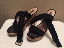 Black strappy Steve Madden wedges in Pleasant View, Tennessee