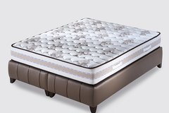 """US Queen Size Mattress - """"Model 5 Zone"""" - monthly payments possible in Lakenheath, UK"""