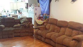 recliners in Fort Lewis, Washington