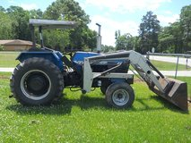 LONG 2460 TRACTOR in Houston, Texas