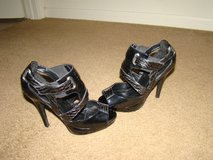 Black Strappy Peep Toe Heels in Alamogordo, New Mexico