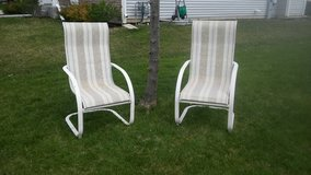 2 Comfortable lawn chairs in Joliet, Illinois