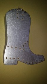 metal/magnetic boot decor in Spring, Texas