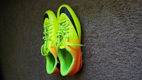 Nike soccer cleats 9.5 in Watertown, New York