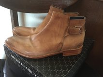 Womens Melvin and Hamilton ankle boots sz 9 in Fort Leonard Wood, Missouri