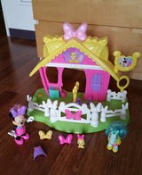 Disney Minnie Jump 'n Style Pony Stable *reduced* in Okinawa, Japan