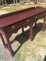 Entry table/ sideboard in Hinesville, Georgia