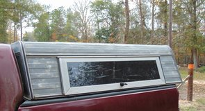 """95 FORD F150 CAMPER TOP 6'x6' with 3"""" lip on inside-- ALUMINUM in Livingston, Texas"""