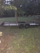 6x17 double axle trailer w/ ramps and title in Fort Polk, Louisiana