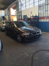 US Spec 2006 BMW 325i in Aviano, IT