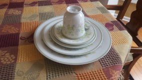 Noritake brand, Dinner set for 6 great condition in Joliet, Illinois