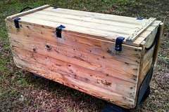 Antique Ammo Shipping Crate / Trunk RARE Vintage Military Large in Fort Bragg, North Carolina