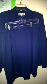 suite Royal Blue size 12 in Baytown, Texas