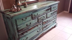Broyhill Rustic Dresser in Baytown, Texas