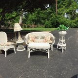 **PRICE REDUCED** Antique 7-Piece White Wicker Set w/Cushions in Fort Campbell, Kentucky
