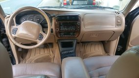 2000 Limited Ford Explorer in Spangdahlem, Germany