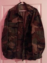 Men's camo hunting outfit in Houston, Texas