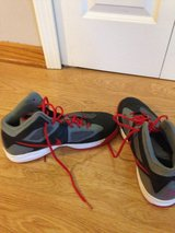 Nike Zoom Basketball Shoes Size 11.5 in Naperville, Illinois