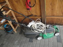 Electric lawn mower 220V - with extension cord in Grafenwoehr, GE