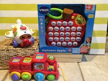 Vtech toys Plane, train, alphabet apple new in Naperville, Illinois