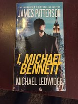 James Patterson I, Michael Bennett in Naperville, Illinois
