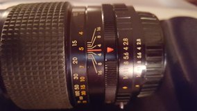 Page 2 35 mm zoom lens in Clarksville, Tennessee