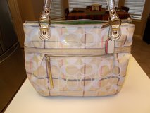 REDUCED ***Beautiful Large AUTHENTIC Coach Purse W/Wallet*** in Kingwood, Texas
