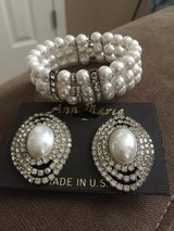 Pearl and Diamonds Earings / Bracelet Set in Lockport, Illinois